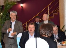 Д-р Колчаков почете земляците си