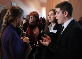 Участниците в турнира по дебати от Шумен останаха в Пазарджик
