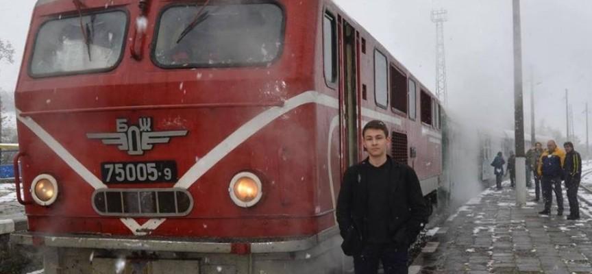 Теснолинейката тръгна от Септември до Велинград