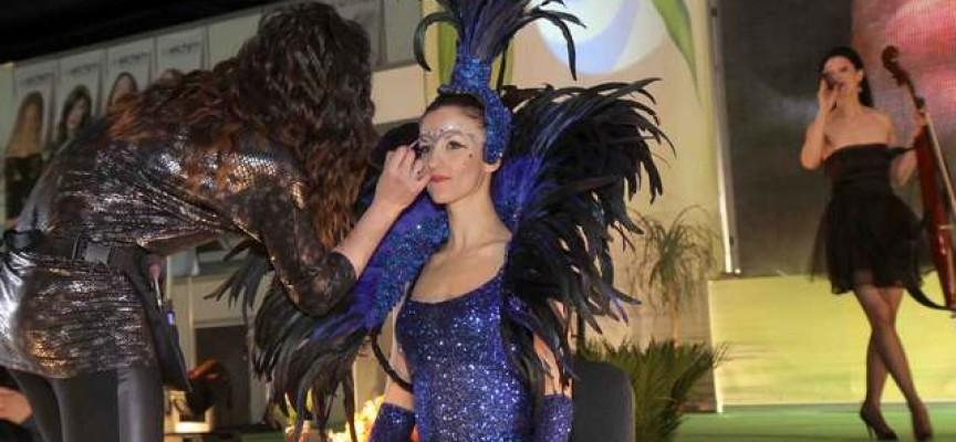 Фани Въгларова представя умения на Италианския фестивал на красотата