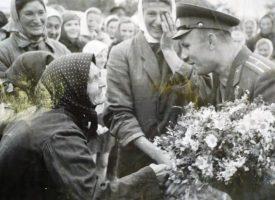 60 г. след полета на Юрий Гагарин: Белово, Симеоновец и Пазарджик пазят спомен за срещата си с него