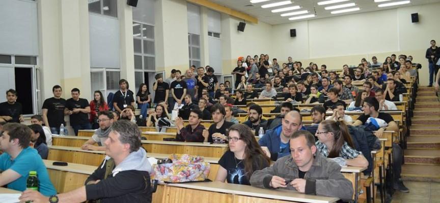 Студенти от Пещера и Пазарджик спечелиха петия Хакатон