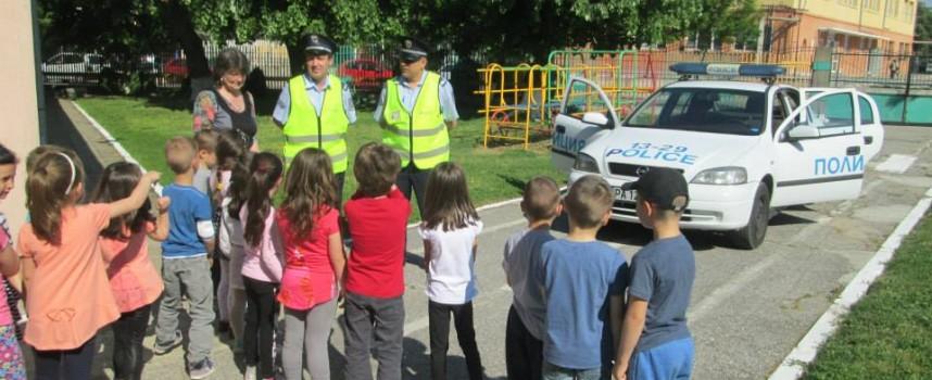 """Детска градина """"Радост"""" се включи в Третата глобална седмица за пътна безопасност"""