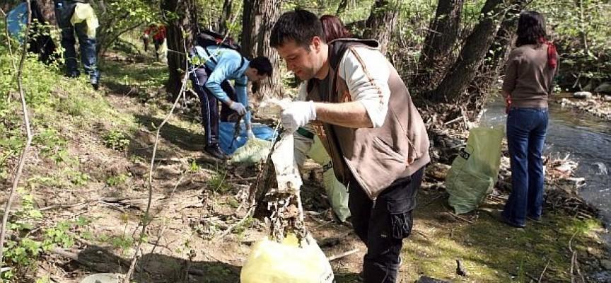 Община Пазарджик се включва в еврочистене, дават ни чували и ръкавици