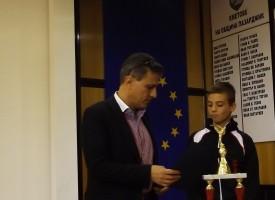 Шампионът ни по киокушинкай с парична премия от общината