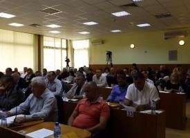 Гледат през юни наредбата за ромските тържества внесена от Янев и Георгиев