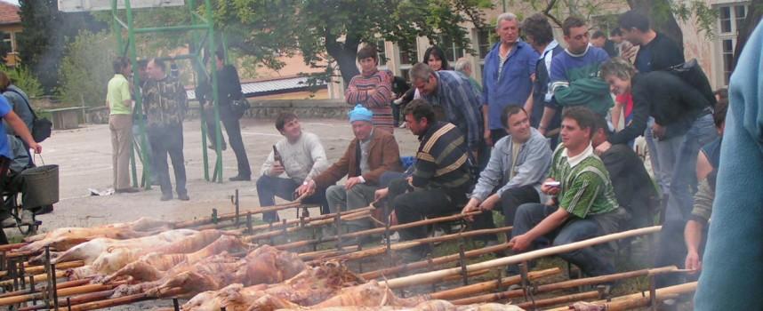 Най-много именици има днес в Пазарджик, а печени агънца в Паталеница
