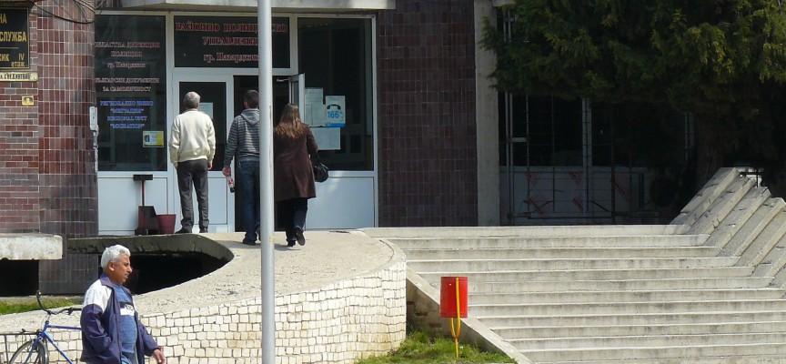 Пазарджиклийки разнасят незаконни цигари с такси