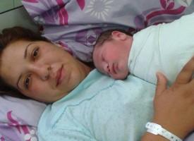 """Щъркелът донесе днес: 4 бебета в Родилното на МБАЛ""""Здраве"""""""