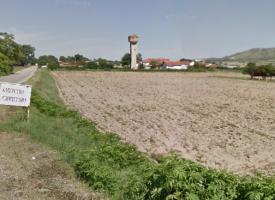 Незаконни: Газов пистолет и цигари откриха в Синитево