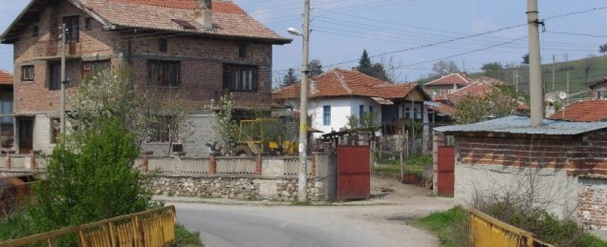 Манифактура с цигари върти мъж в Капитан Димитриево