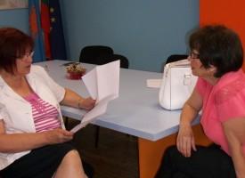 Бойка Маринска изслуша проблемите на избиратели