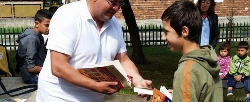 """Награди за децата от """"Хайде да четем в парка"""""""