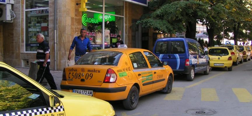 На сесията решават какъв да бъде налогът за такситата