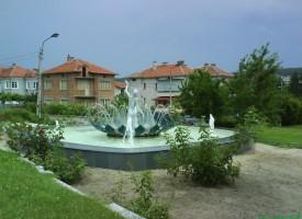 Съботни маршрути: Стрелча празнува на първи август, с изложба на Никола Манев