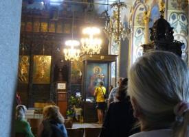 В нощта срещу неделя: Светият синод кани на нощно бдение пред Троеручица в Троян