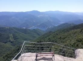 Съботни маршрути: Тракийската могила край Равногор мами със сребърното съкровище