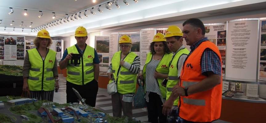 "Грузински учени посетиха ""Асарел-Медет"" АД по европейска програма"