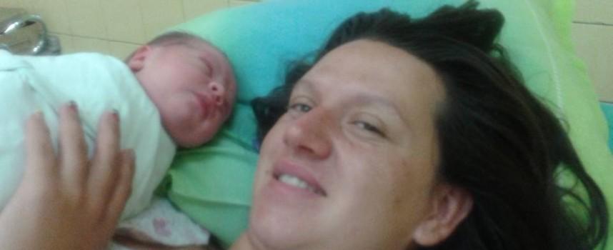 Щъркелът донесе днес: Алекс от Ракитово