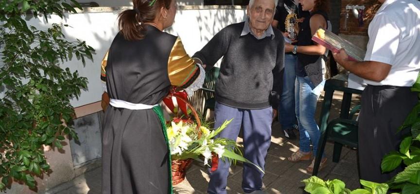 Дядо Мишо от Септември стана на сто, говори френски и не забравя