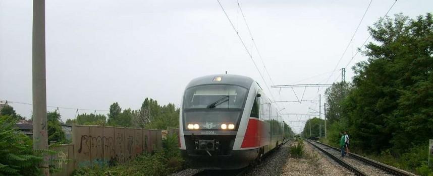Вчера: Жегата спря влака Пловдив – Пещера край Бяга