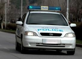 """Екип на """"Телекабел"""" се натъкна на катастрофирала кола с избягал шофьор"""