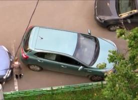 Как паркират жените?