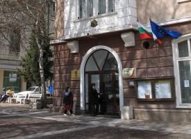 """Пещерското училище """"П.Р. Славейков"""" ще посрещне новата учебна година с комбинирана спортна площадка"""