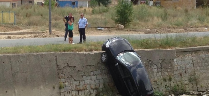 Панагюрка скокна с колата си в Луда Яна