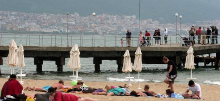РЕШЕНО: Шефът няма да прави повече график за отпуските