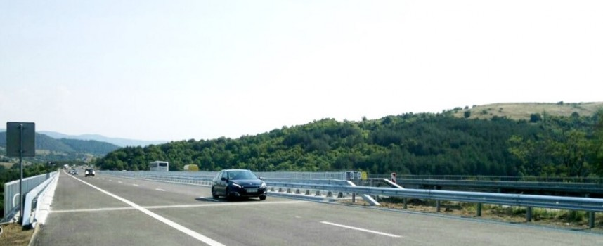 На магистралата: Отвориха двете платна на виадукта срещу Горно Вършило
