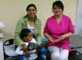 Иновативен подход: Четете на бебето още докато го чакате