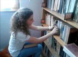 Богдана Сиракова: Стани доброволец в библиотеката на твоя град!