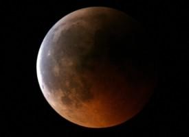 Астрономи: На 27 август Марс е видим от Земята, но не с размерите на Луна
