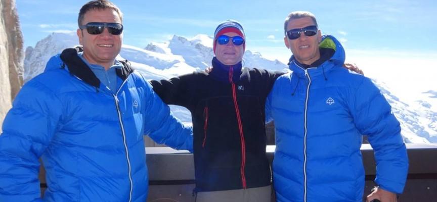 Трима пазарджиклии стъпиха на Елбрус днес