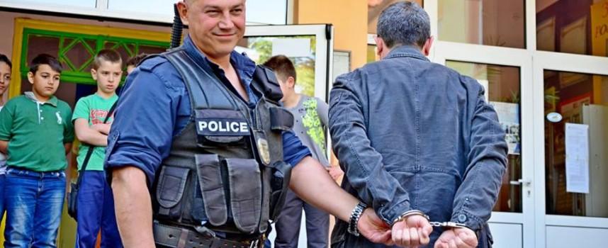 Арестуваха 48 годишен с хероин