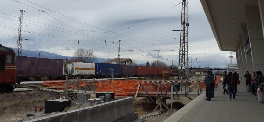 Няма да затварят товарната ЖП-гара в Пазарджик