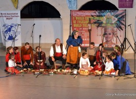 """Групата за автентичен фолклор в Голямо Белово се върна с награди от """"WORLD FOLK 2015"""""""