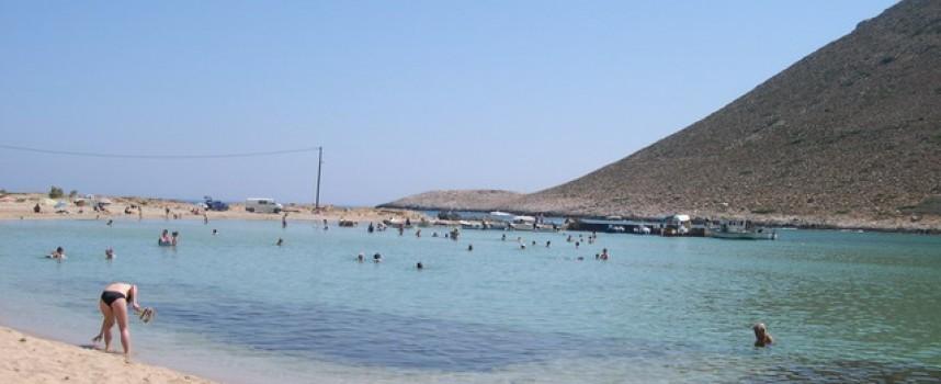 """Северна Гърция е """"окупирана"""" от българи, хвърлят фасове на плажа и много цапат"""