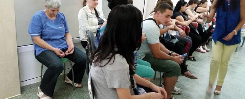 """В Деня на отворените врати: Бъдещи майки посетиха Родилното в МБАЛ """"Здраве"""""""
