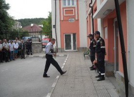 В сряда: Белово почита паметта на пожарникаря Кръстьо Стоянов