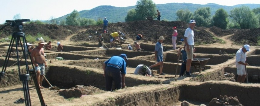 Цистерна – скривалище откриха край Протоград