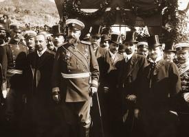 Преди 107 г.: Как се стигна до обявяването на Независимостта