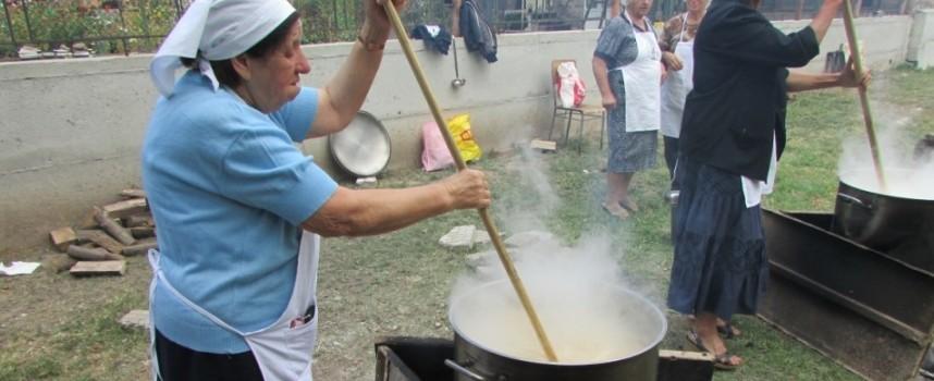 Да подкрепим Фестивала на кешкека в наградите на Министерството на туризма
