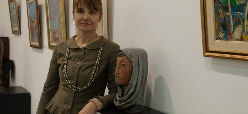 На 25 септември Маргарита Иванова открива самостоятелна изложба