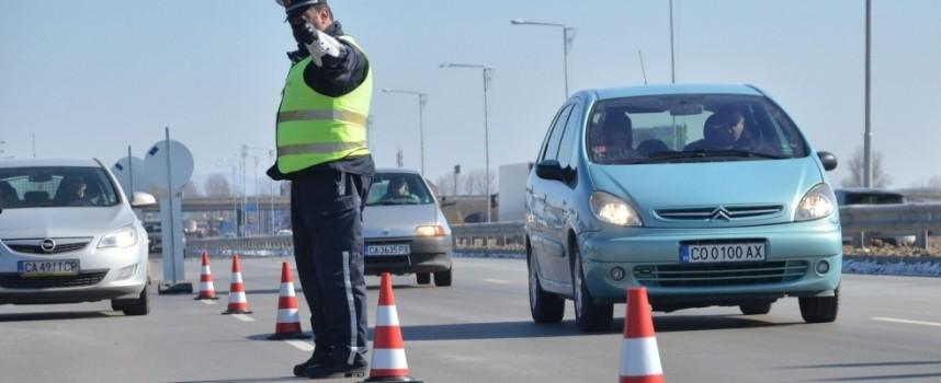 """""""Пътна полиция"""" дебне от 26 места, констатира 260 карали с превишена скорост"""