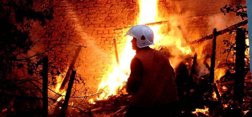 82- годишен пострада при пожар в дома си в Мало Конаре