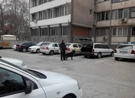 Откриха избирателна секция в Следствения арест