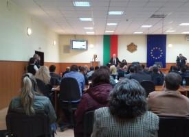 Мая Манолова поздрави съветниците в Пазарджик