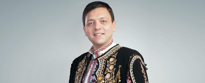 """Довечера: Васил Вълканов пее на Тортата, свири оркестър """"Красен"""""""